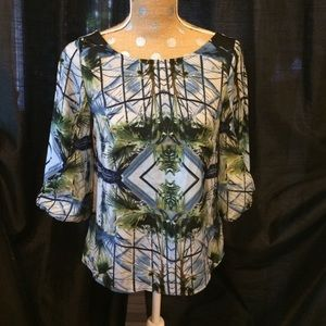 W118 by Walter Baker Tops - Beautiful palm trees V-neck black top