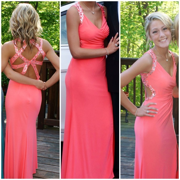 Adrianna Papell Dresses | Hailey Logan By Prom Dress | Poshmark