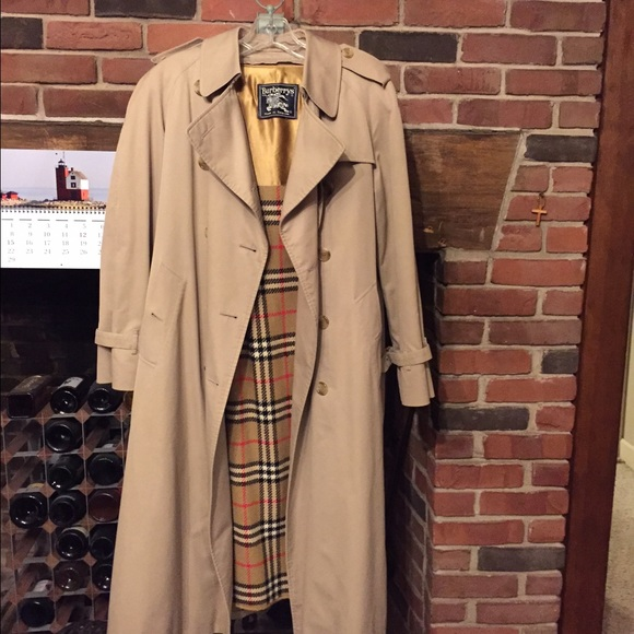 a5fa4dfcd8a536 Burberry Jackets & Blazers - Vintage Burberry Trench Coat