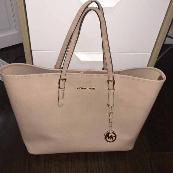 87660b8cf6f1e4 Michael Kors Bags | Light Pink Mk Bag | Poshmark