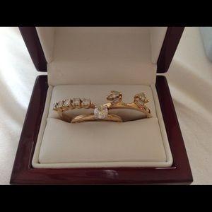 Jewelry - Engagement ring & Wedding ring set