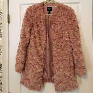 Forever 21 Pink Blush Faux Fur Coat Small