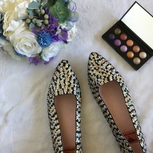 Rocket Dog Shoes - HP! iridescent gold and silver sequin pointy flats