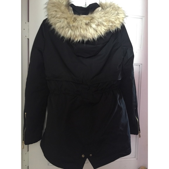 Zara - Zara Trafaluc Outerwear Collection Parka from Rosau0026#39;s closet on Poshmark