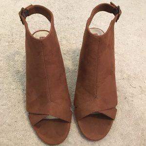 BC Footwear Faux Suede Peep Toe Booties Size 9