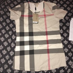 Burberry 💢Sold💢