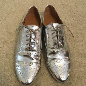 J. Crew Silver Metallic Oxford Brogues Size 9