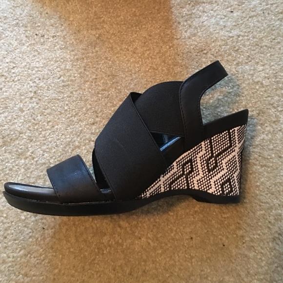 4734ccb2740c Impo stretch black wedge sandal