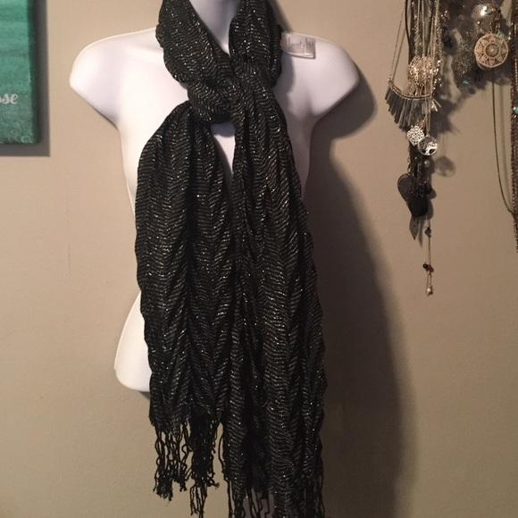 33 accessories black and silver shimmery scarf from