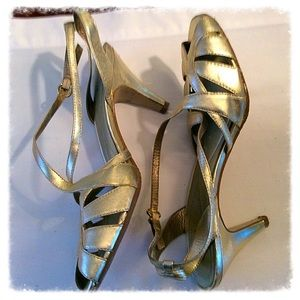 Reba Shoes - Reba gold leather sandals.