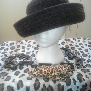FLASH NINE $$$Betmar fashion Wide Brem hat WAS $25