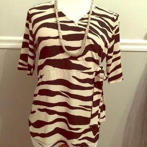 ☀️Merona size large zebra print tie shirt