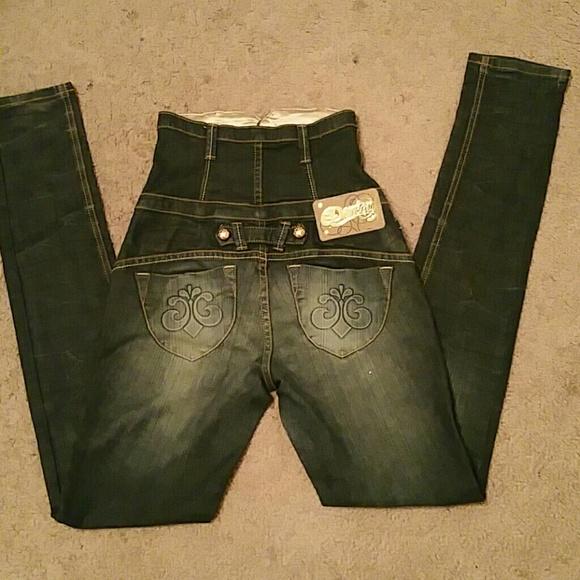 beyonce dereon jeans - photo #37