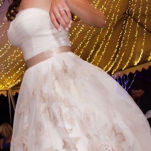 Oleg Cassini Dresses & Skirts - Oleg Cassini wedding gown