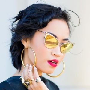 Cat eye sunglasses gold lense NWT