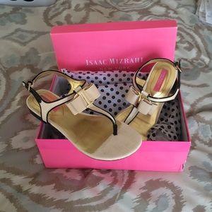 Isaac Mizrahi Shoes - Isaac Mizrahi T strap sandals