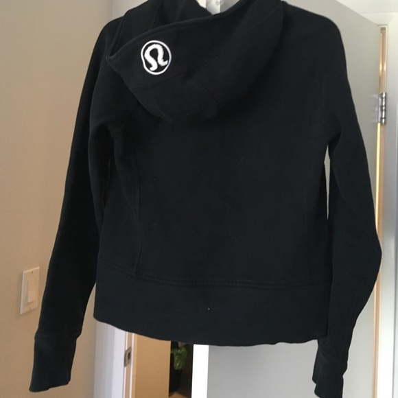 lululemon athletica Jackets & Coats - Lulu lemon black hoodie