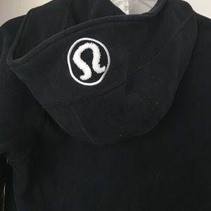 lululemon athletica Jackets & Coats - Lulu lemon black hoodie