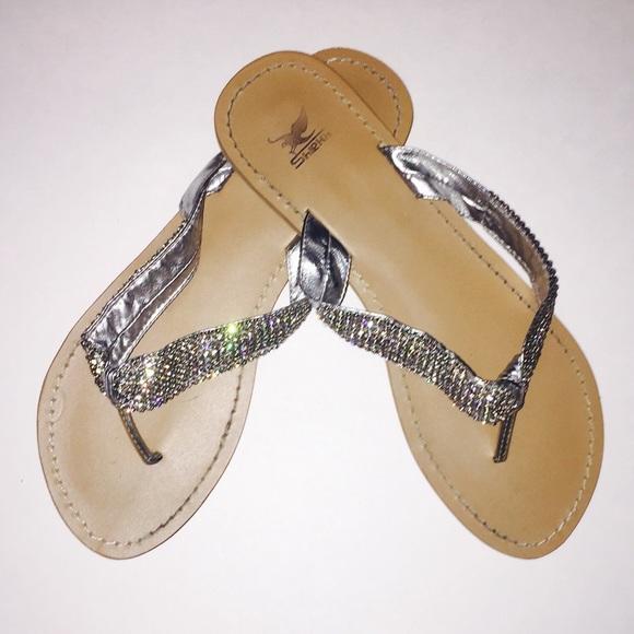 dc96ab26c5527 🌸Shiekh🌸 Silver Bling Sandals. M 56d33ae87f0a0500f30525c7