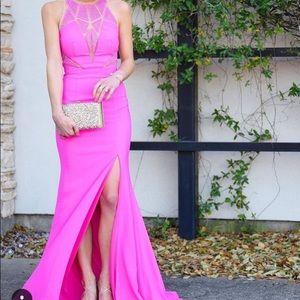 1e3c19f209 Camille La Vie Dresses - Camille La Vie Crepe Plunge Caviar Beaded Gown