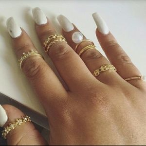 Iconic Legend Jewelry - Gold Tone 8pc Midi Ring Bundle