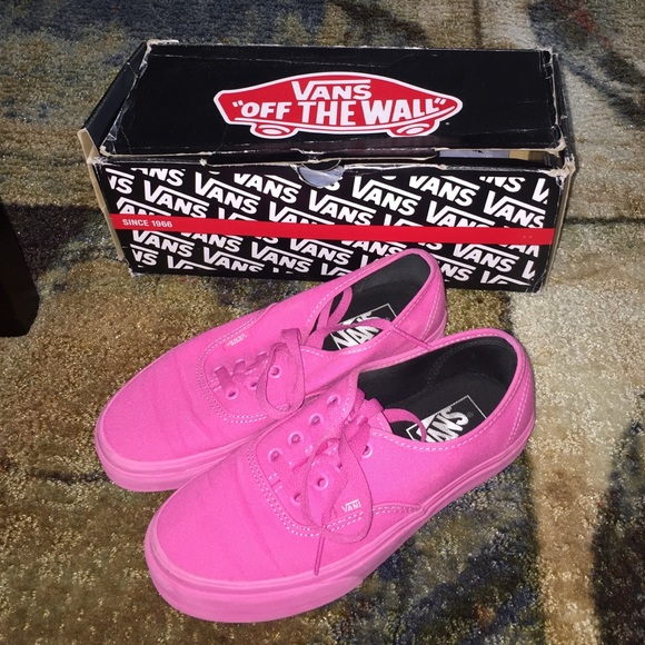 73e792d3c98 All Pink Vans. M 56d356d4fbf6f90ee8008c3d