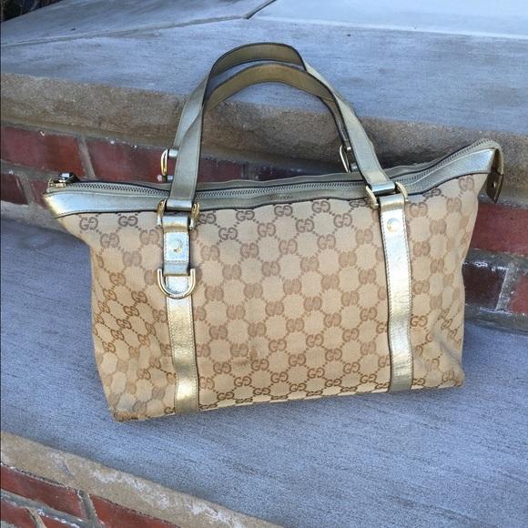 e613a93b55b Gucci Handbags - 💯 Vintage Gucci