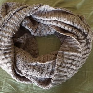 Deena & Oozzy Accessories - Ribbed Eternity/Infinity Scarf