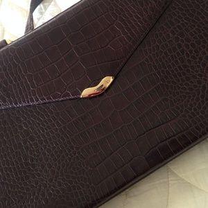 656a640c3e2 Ralph Lauren Bags - Lauren Ralph Lauren envelope clutch