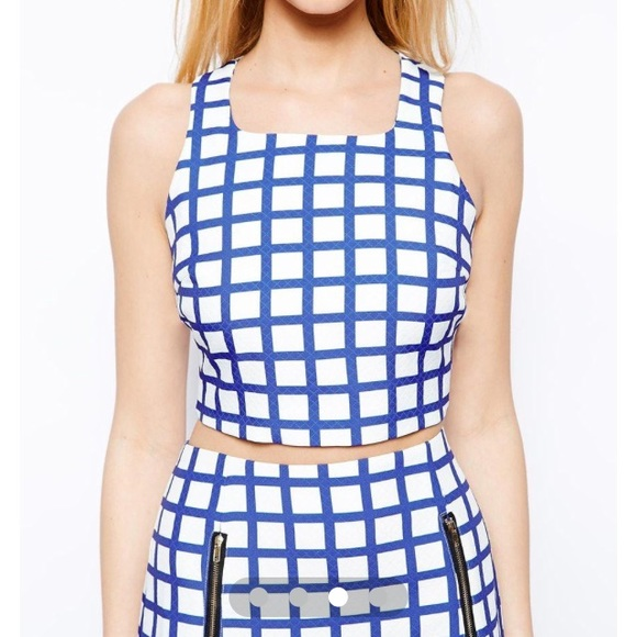 Tops - NEW Grid print crop top
