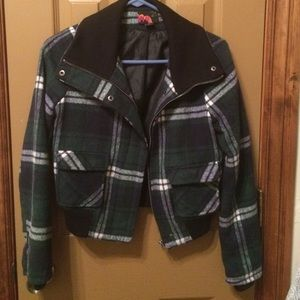 Forever 21 Jackets & Blazers - Plaid winter jacket