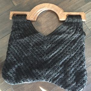 Boho knit bag with wooden handles