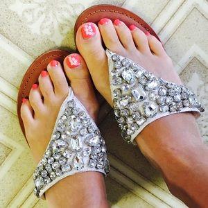 Shoes - Cute rhinestone sandals