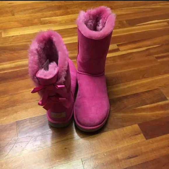 36 Off Ugg Shoes Authentic Ugg Bailey Bow Boots From