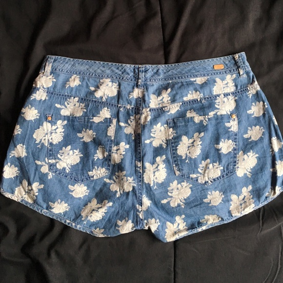 40% off Lft. Denim Collection Denim - White floral printed jean ...