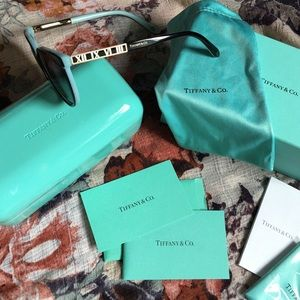 30980886663d Tiffany   Co. Accessories - 🎉PRICE DROP 🔥 Tiffany atlas Cat eye sunglasses