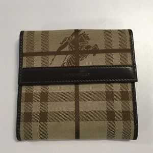 NWOT Burberry London Plaid Wallet