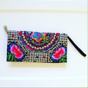 Handbags - 👍Host Pick👍Stylish Boho clutch