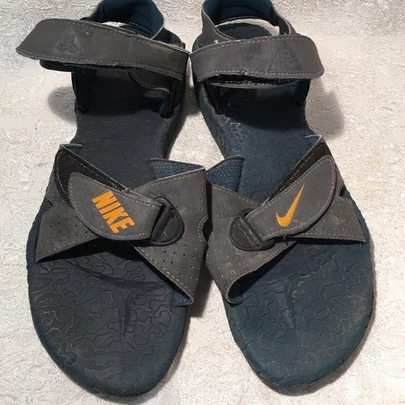 0b533d5f1 Nike men s sandals Velcro strap size 11. M 56d4b1ebeaf030b829008ec2