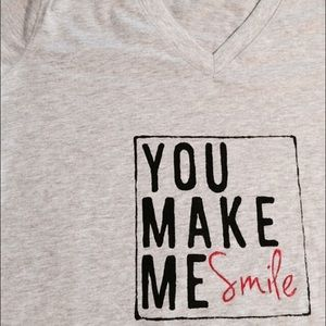 Tops - You make me smile heather gray T-shirt LAST ONE !!