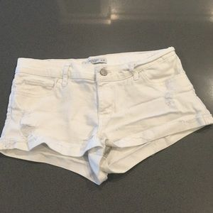Abercrombie and Fitch size 4 w 27 EEUC