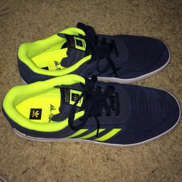 quality design 0d4de 2c9e4 Adidas Dorado Boost 11's