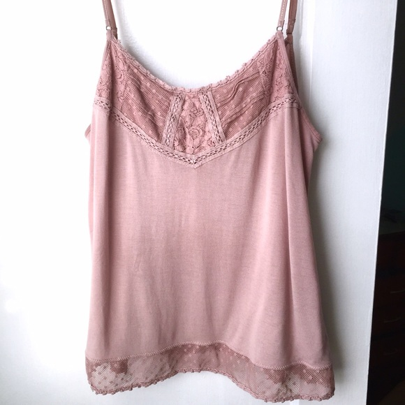 5439d6ed26b80f American Eagle Outfitters Tops - American Eagle Dusty Rose Tank Top
