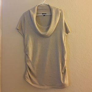Short sleeve scoop neck sweater
