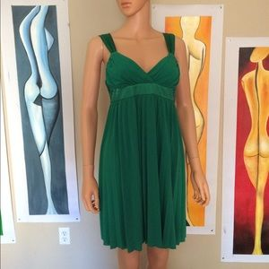 Dresses & Skirts - Green summer dress