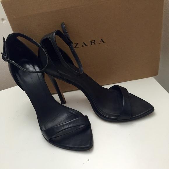 fc52519d1b5 ZARA leather minimalist barely there heels. M 56d4f9252de512691c001a77