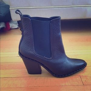 Freda Salvador brown boots