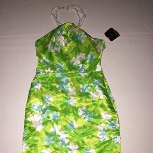 Cynthia Howie Dresses & Skirts - Cynthia Howie Parrot Green White Neck Dress 4P