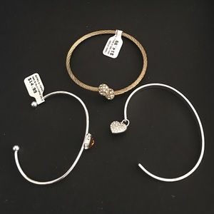 Jewelry - Final price - Delicate bangles 💕NWOT