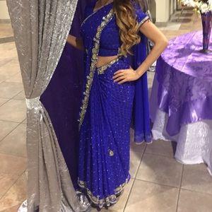 Dresses & Skirts - 🚫sold 🚫 Sari beautiful color heavy beading